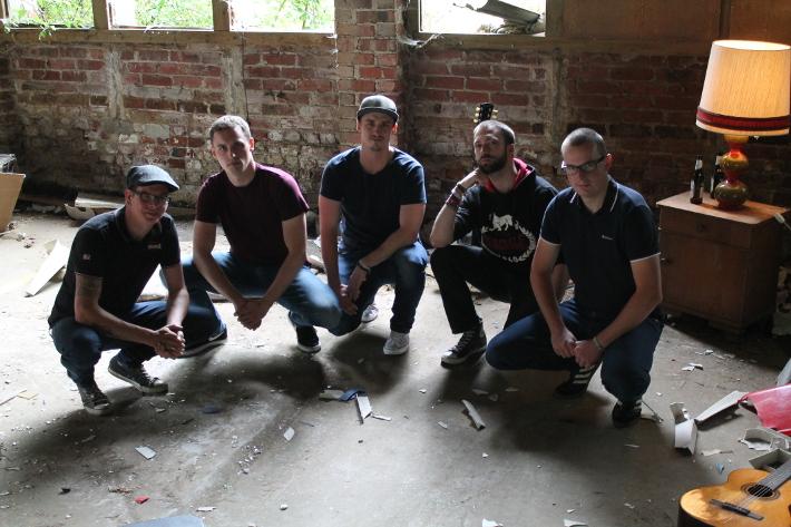 Die Koerper (v. l. n. r.: Ecky, Florian, Erik, Sascha, Jonas)